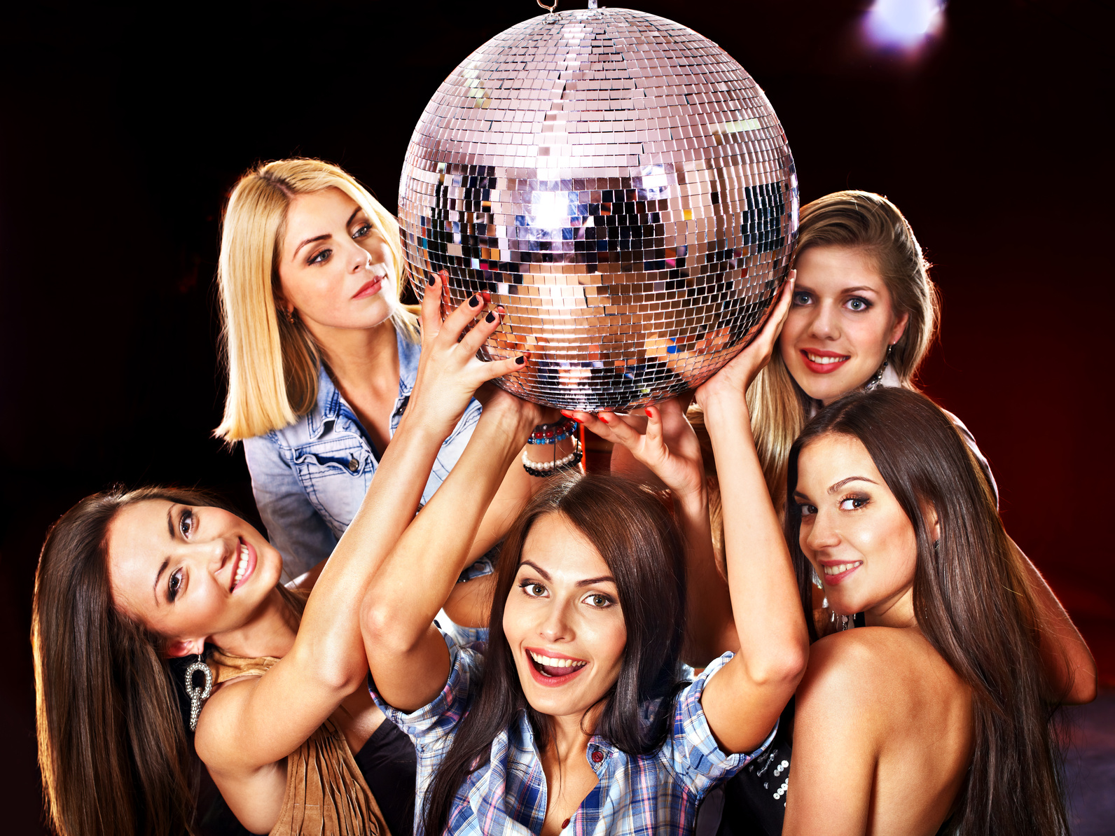 Фото жен на дискотеке 4 фотография